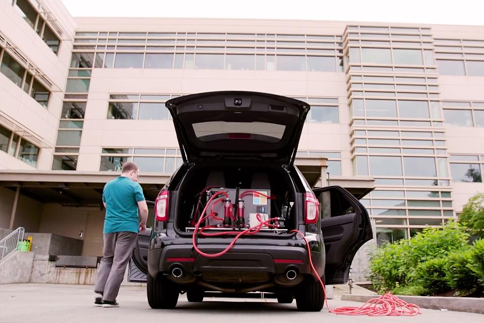 Imagem de Realidade aumentada: Microsoft leva seu 'teleporte holográfico' aos carros no tecmundo