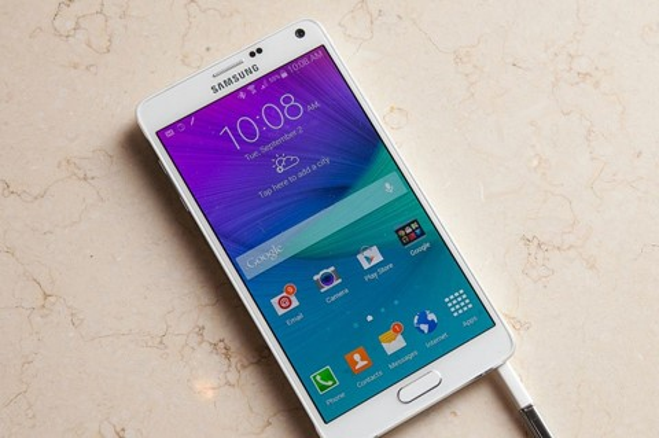 Imagem de Galaxy Note 4 com ROM recebe alerta da Samsung para ser desligado no tecmundo