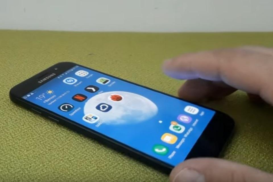 Imagem de Eita! Será que este aparelho é mesmo o Galaxy A5 (2017)? no tecmundo