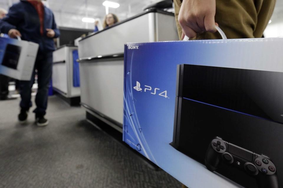 Imagem de Que nem água: PlayStation 4 atinge 50 milhões de unidades vendidas no tecmundo