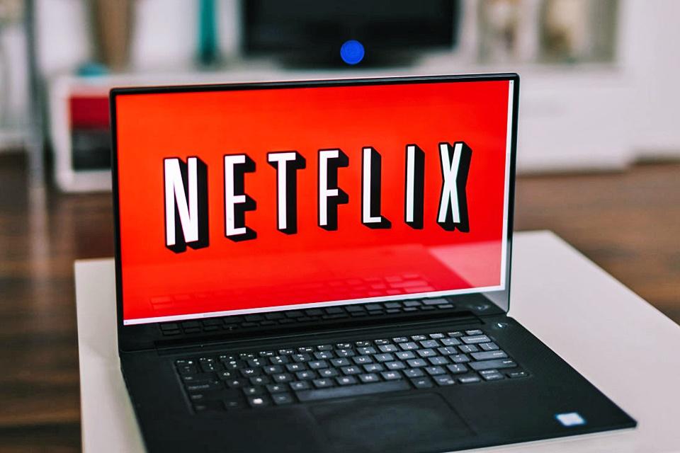 Imagem de Netflix: filmes baixados no aplicativo podem ser assistidos após expiração? no tecmundo