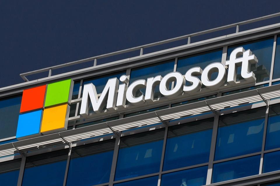 Imagem de Microsoft é processada por obrigar funcionários a verem conteúdo repulsivo no tecmundo