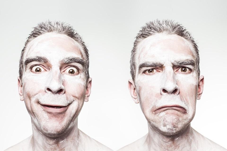 """Imagem de FaceApp: chega ao Android o app que lhe faz sorrir """"distorcendo sua cara"""" no tecmundo"""