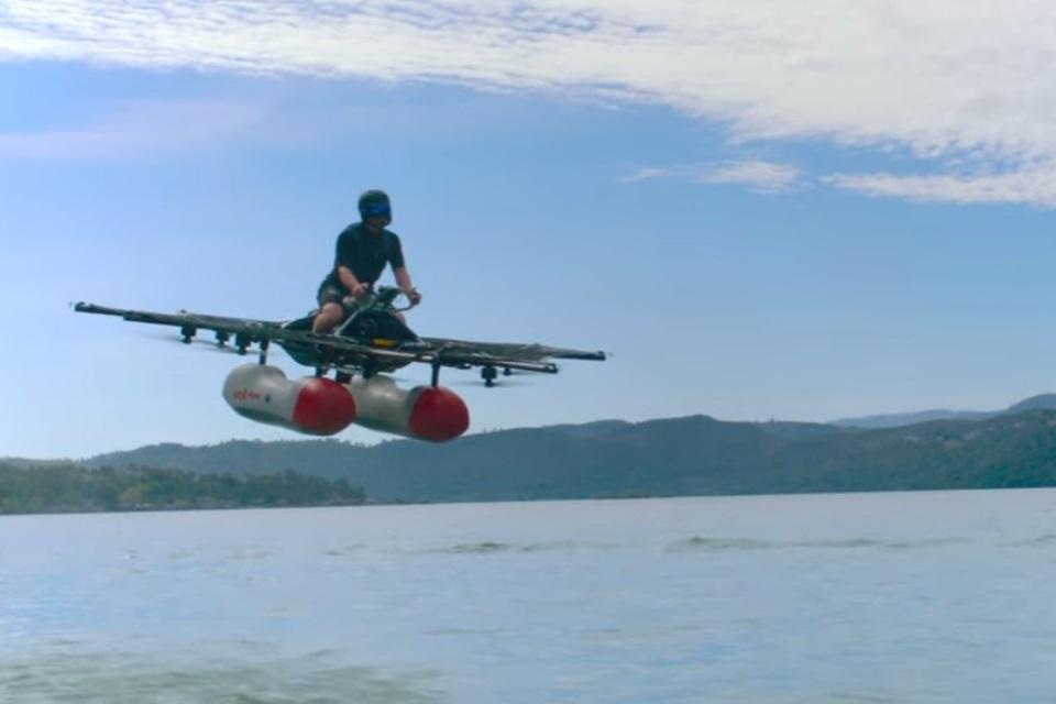 """Imagem de Confira o primeiro vídeo do """"veículo-elétrico-voador"""" do fundador da Google no tecmundo"""