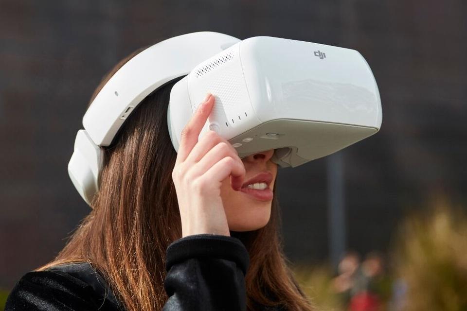 """Imagem de DJI Goggles: os óculos para pilotagem de drones """"sem as mãos"""" no tecmundo"""