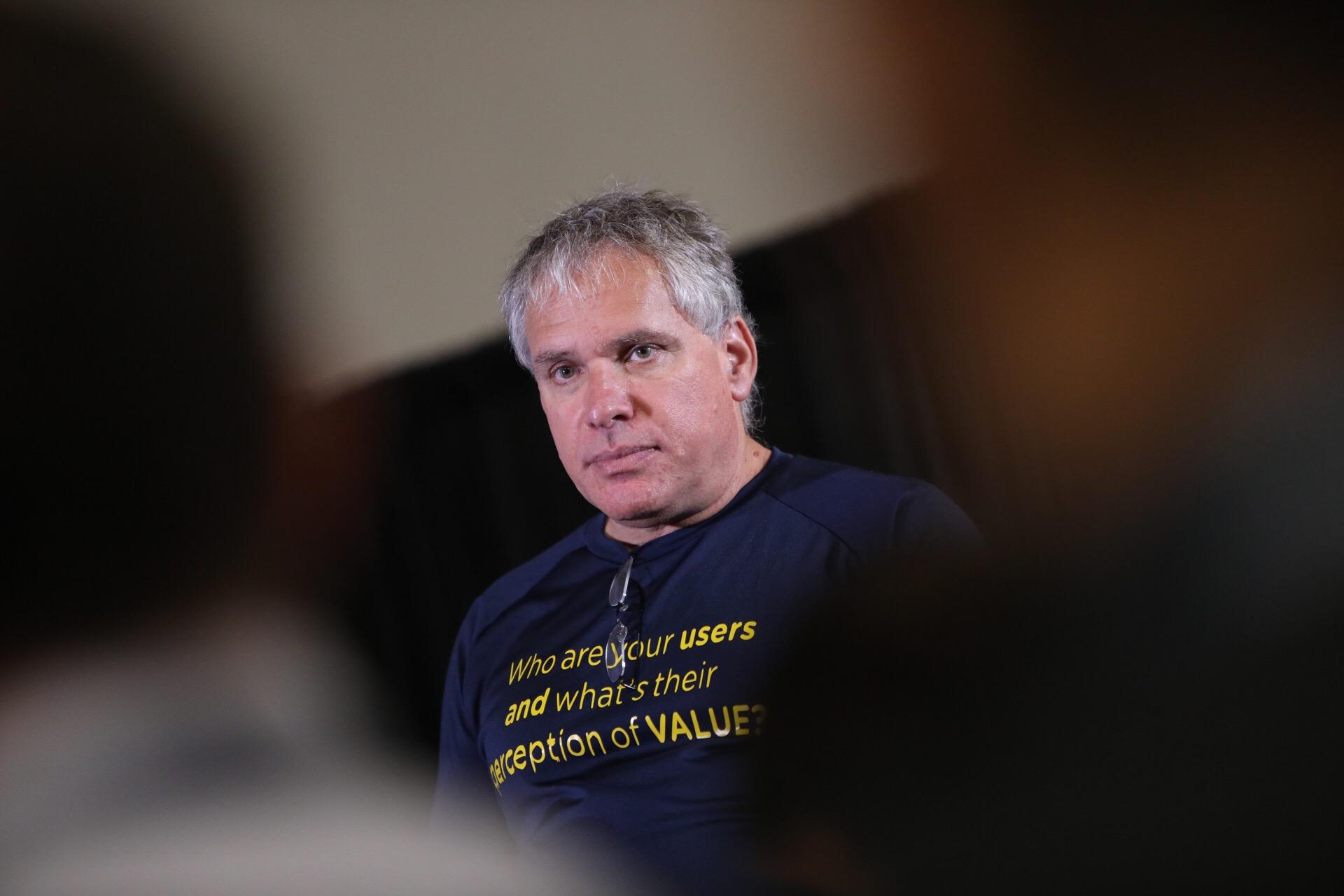 """Imagem de Fundador do Waze: """"Começar uma startup é como se apaixonar"""" no tecmundo"""