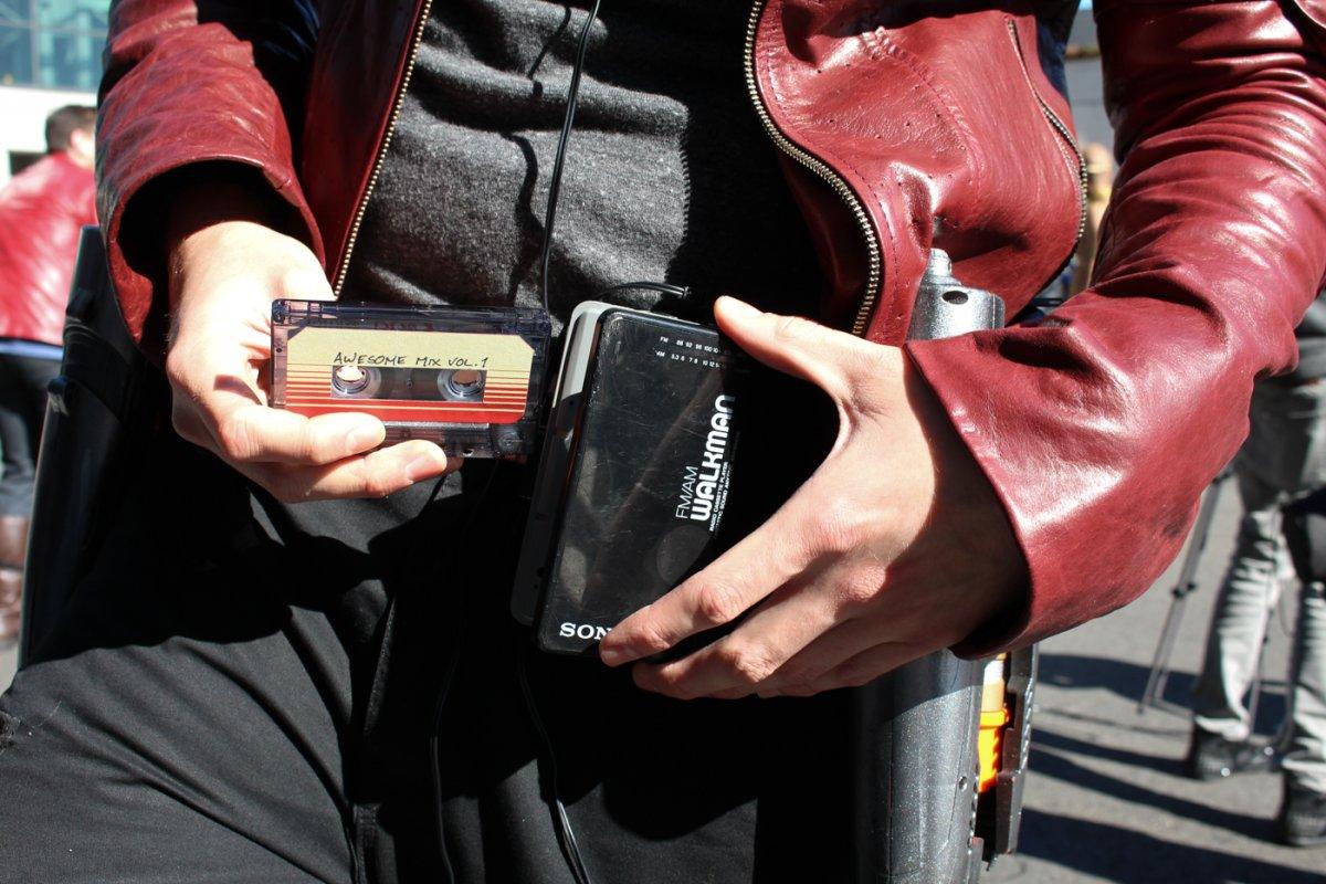 Imagem de Walkman da Sony, que teria sido inventado no Brasil, faz 38 anos de idade no tecmundo