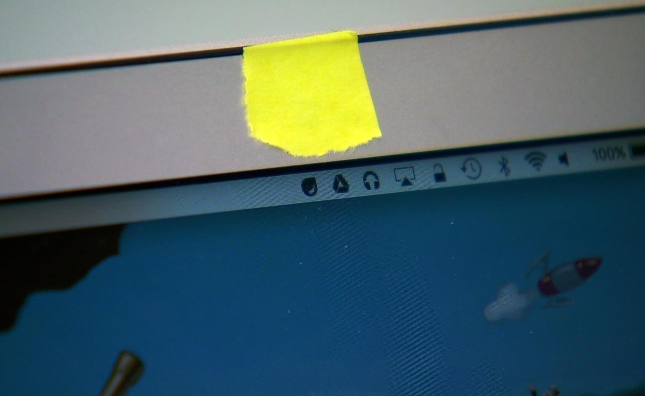 Imagem de Saiba por que você precisa cobrir a câmera do seu notebook agora no tecmundo