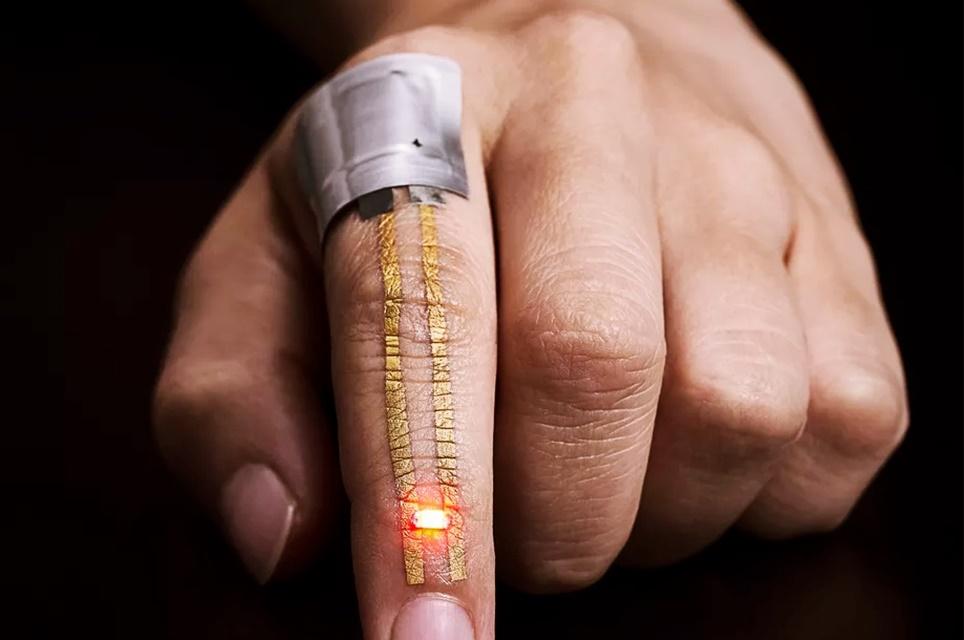 Imagem de Japoneses criam tatuagem de ouro capaz de armazenar e transmitir dados no tecmundo