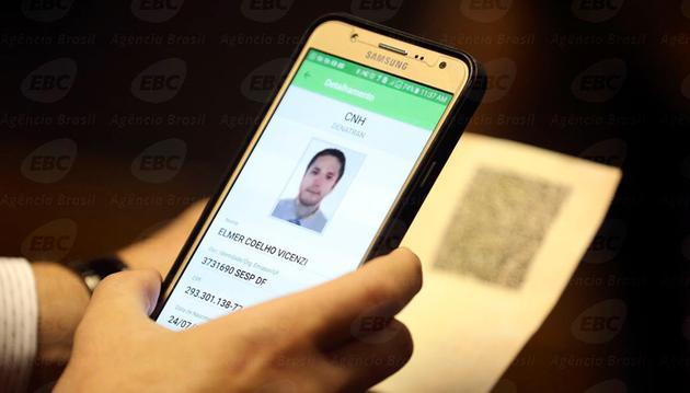 26101100154543 CNH-e: nova carteira de motorista vai parar em um app no seu celular, confira...