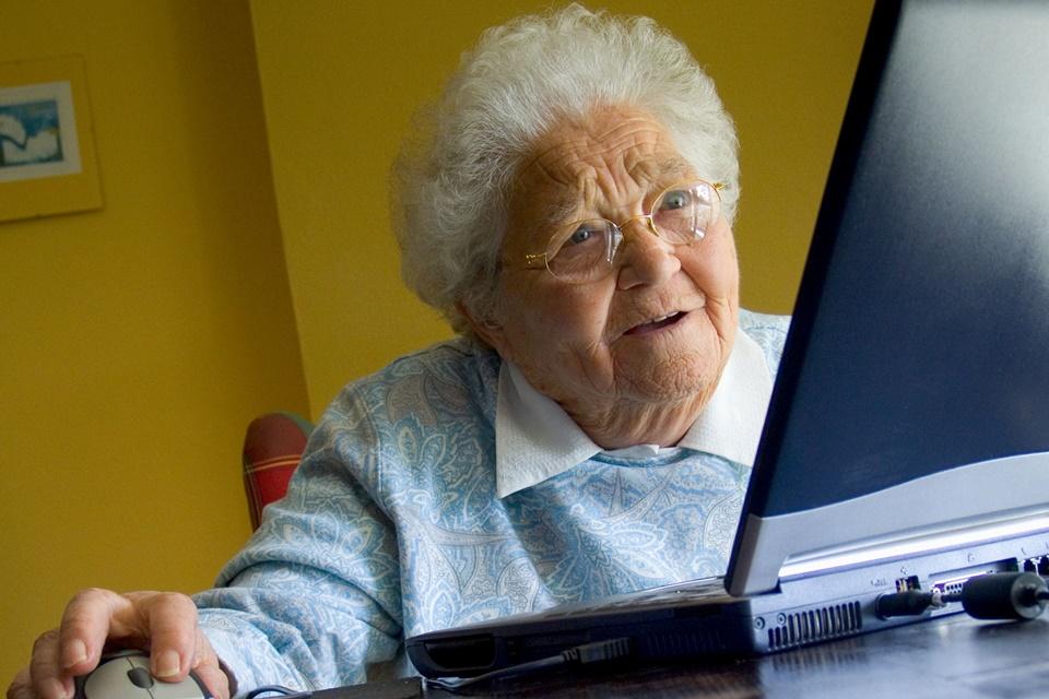 Imagem de Uau! Veja como alguns dos sites mais populares da internet eram há 10 anos no tecmundo