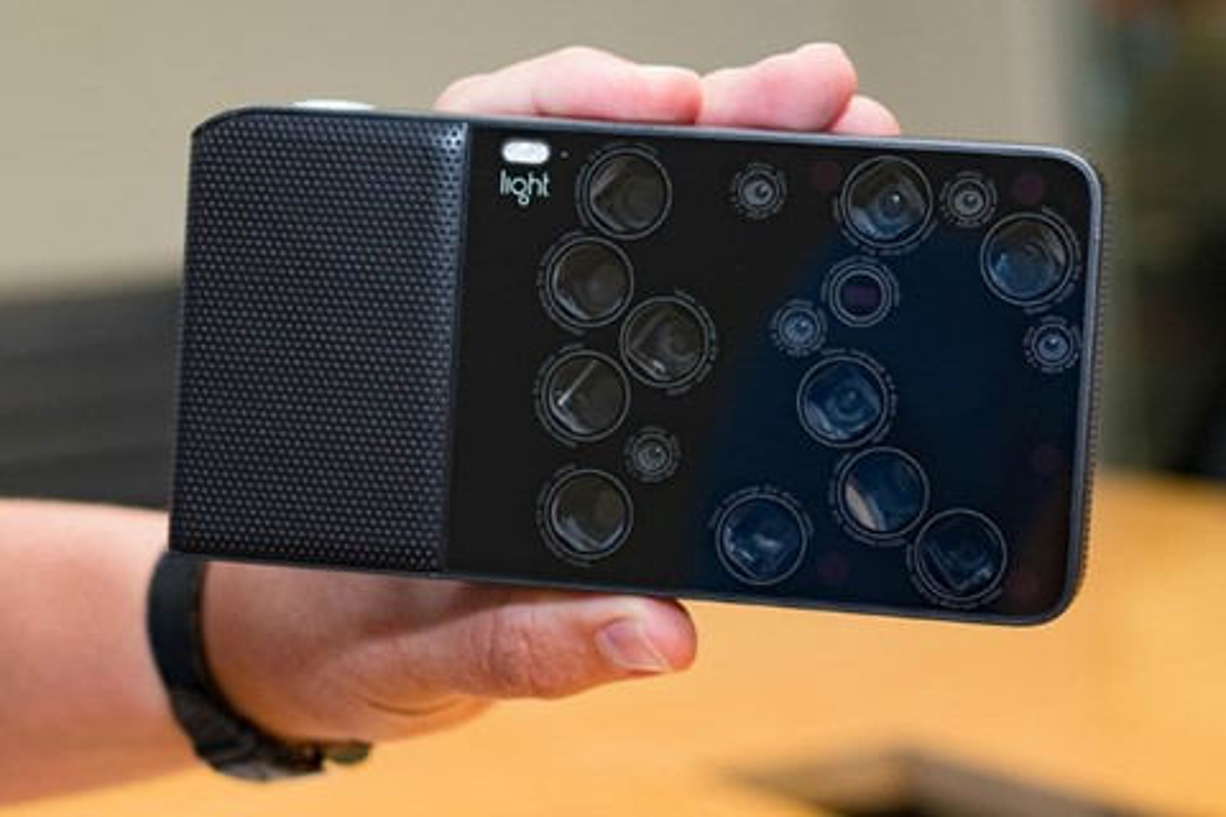 Imagem de Light libera primeira foto de 81 MP da sua câmera de 16 sensores no tecmundo