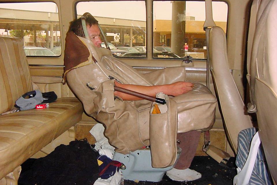 "Imagem de Trollada: ""Van autônoma"" tinha motorista disfarçado de banco no tecmundo"