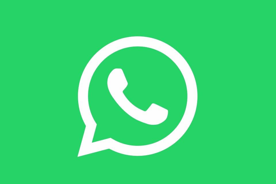 Imagem de Texto e fundo colorido: Status do WhatsApp agora permite postar sem foto no tecmundo