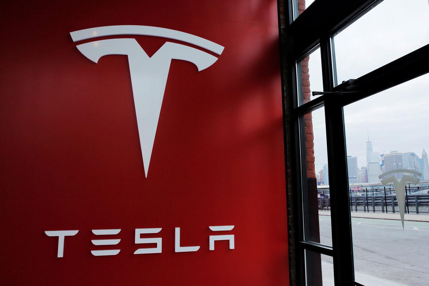 Imagem de Pensando bem, a ideia de uma junção entre Uber e Tesla era meio absurda no tecmundo