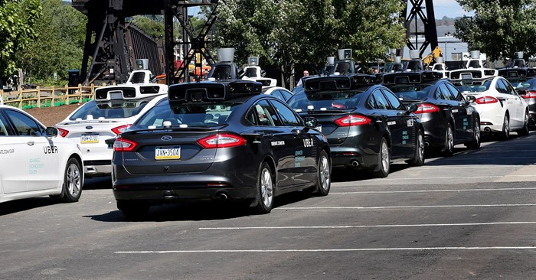 Carros autônomos estacionados