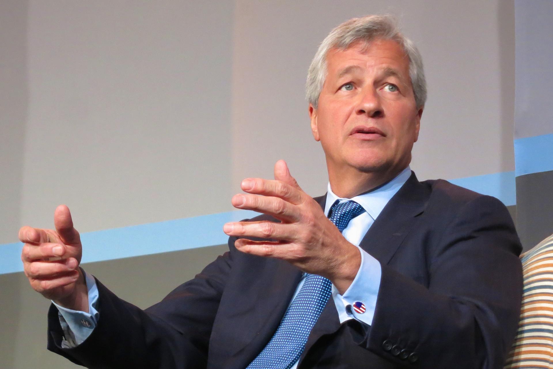Bitcoin é uma fraude, afirma presidente do JP Morgan