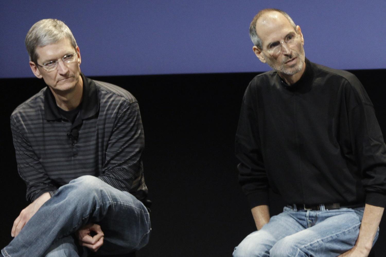 Imagem de IA diz que discursos de Stve Jobs e Tim Cook são escritos pela mesma pessoa no tecmundo