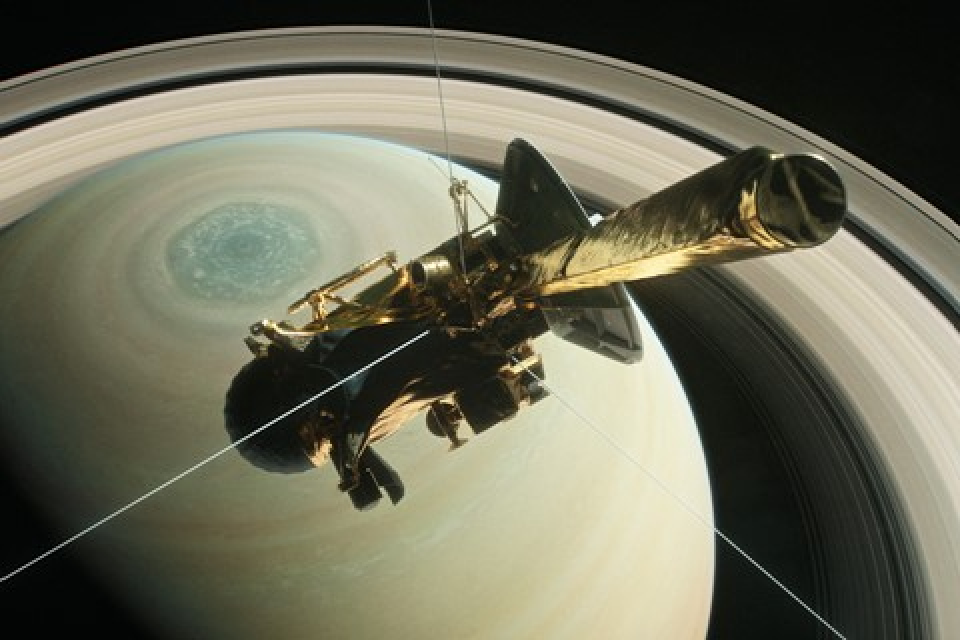 Imagem de Confira a última imagem feita pela sonda Cassini antes dela cair em Saturno no tecmundo