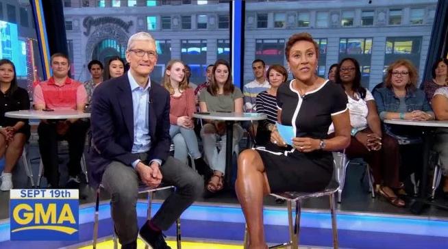 Tim Cook justifica preço do iPhone X