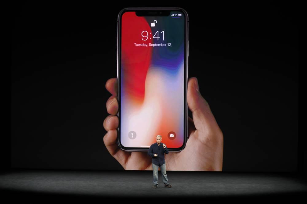 IPhone 8 já está nas lojas, mas faltou entusiasmo no lançamento