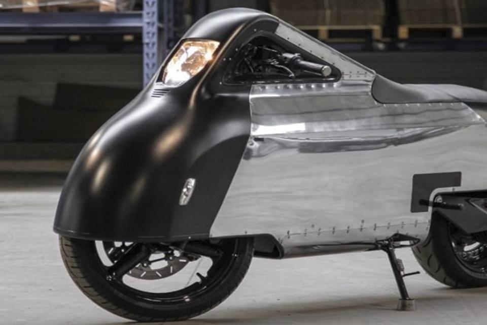 Imagem de Conceito de moto elétrica é uma mistura de Porsche, iPhone e Pokémon no tecmundo