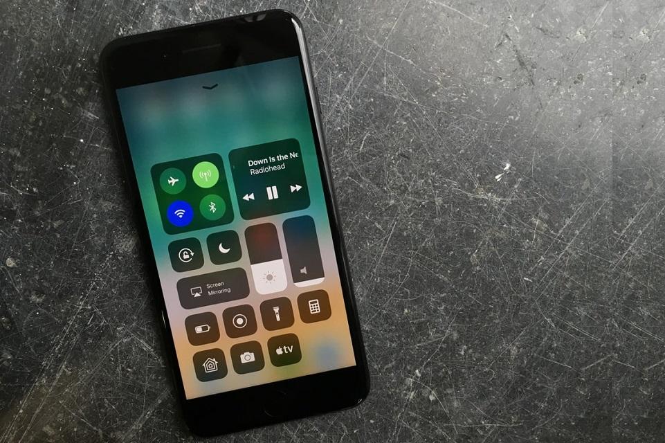 Imagem de Atualização pesada: Apple lança iOS 11.0.1 para iPhone e iPad no tecmundo