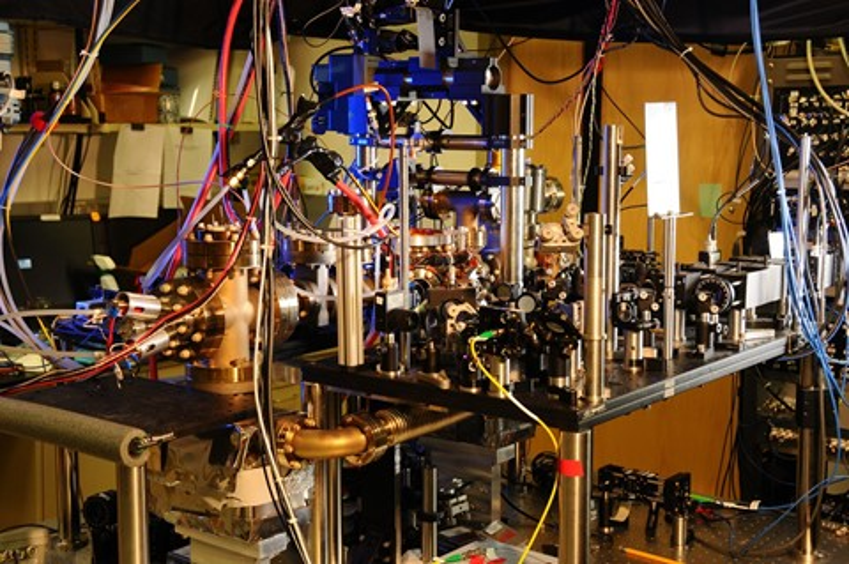 Imagem de O relógio atômico mais preciso do mundo pode funcionar por bilhões de anos no tecmundo