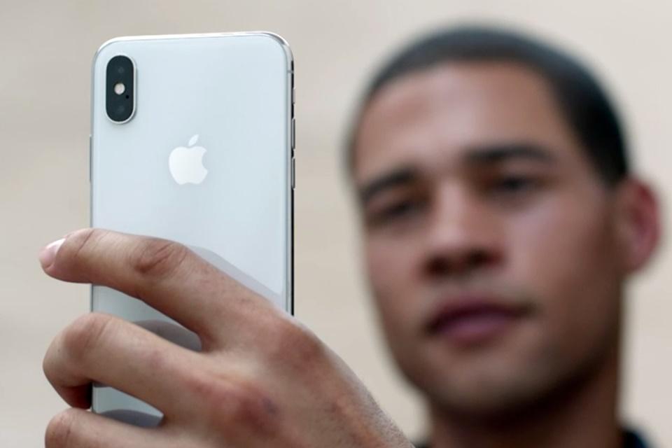 Imagem de Olá, Face ID! iPhone X faz fabricantes Android mudarem de ideia no tecmundo