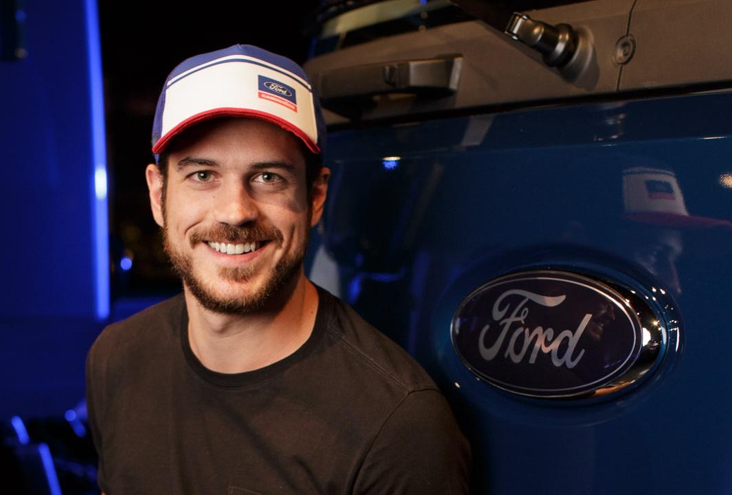 """Imagem de Ford desenvolve um """"smartboné"""" para caminhoneiros não dormirem ao volante no tecmundo"""
