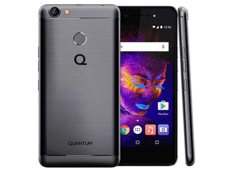 Um celular em vários ângulos