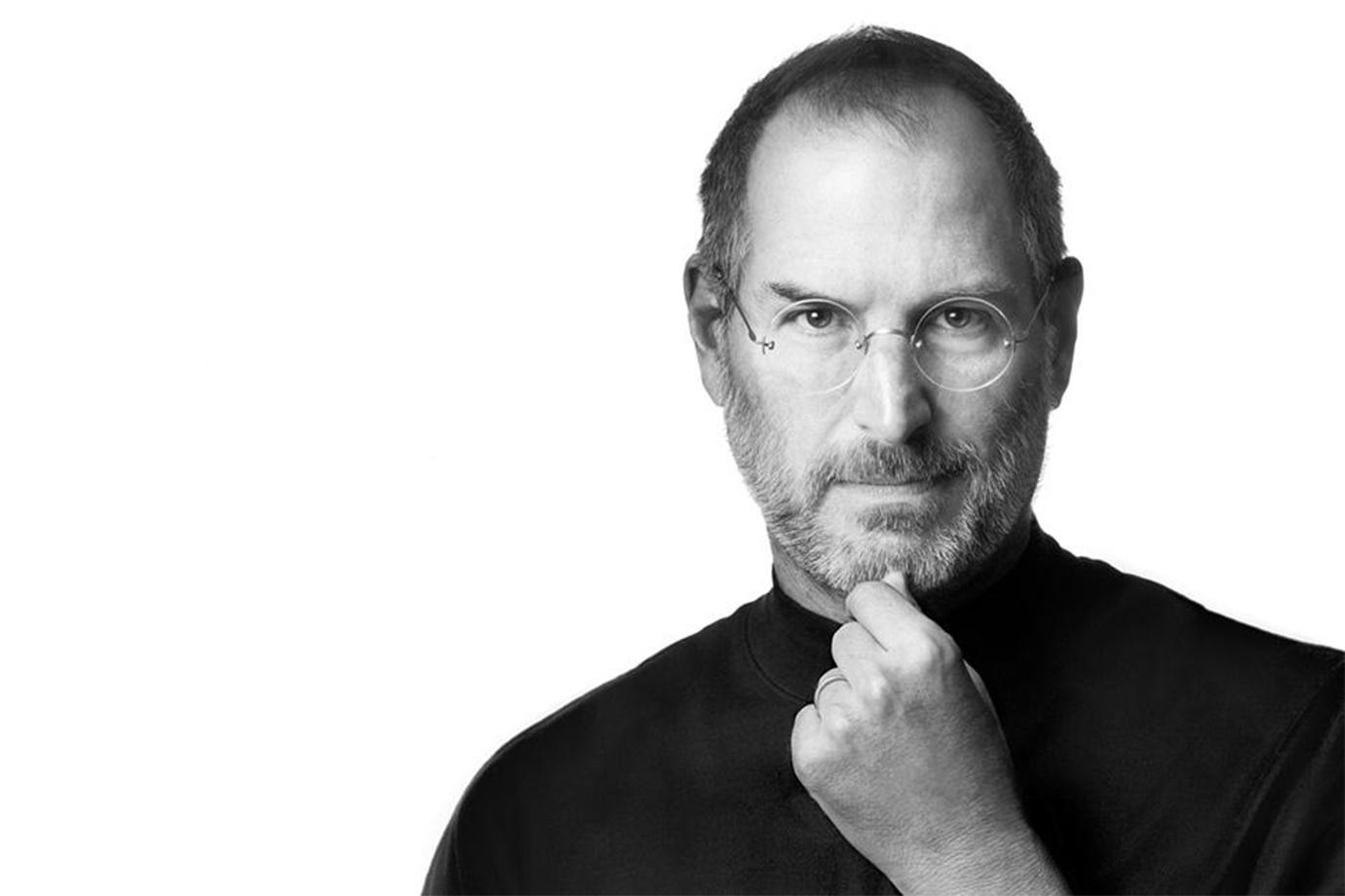 Imagem de A história por trás da mais icônica foto de Steve Jobs no tecmundo