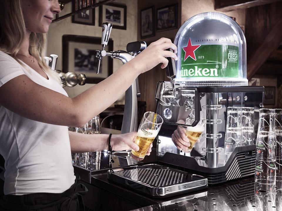 Imagem de Heineken Blade: conheça a 'Nespresso' da cerveja (com cápsula e tudo!) no tecmundo