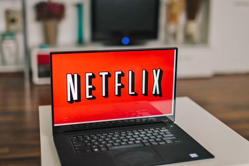 Imagem de Dezembro na Netflix: Dark, The Crown, Fuller House e mais novidades no tecmundo