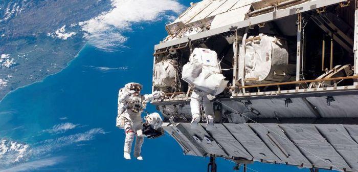 caminhada espacial