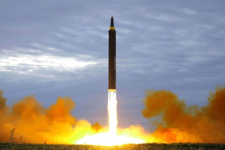 Imagem de Você sabe como os mísseis balísticos intercontinentais funcionam? no tecmundo