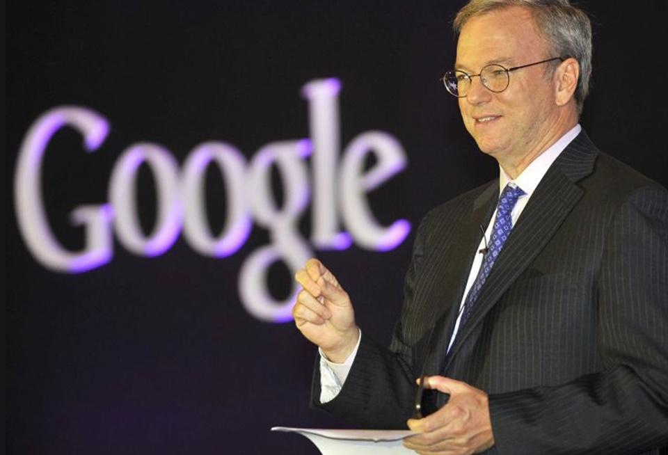 """Imagem de Eric Schmidt, ex-CEO da Google, agora deixa o comando da """"dona"""" Alphabet no tecmundo"""