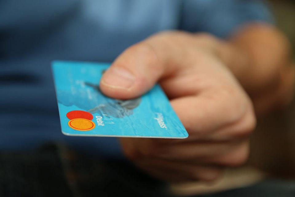 Imagem de Agora sim: Android Pay permite fazer pagamentos apenas com o celular no tecmundo