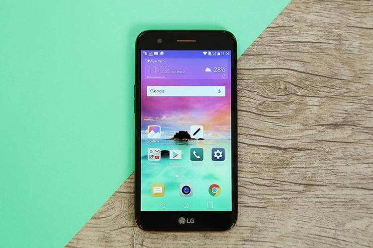 LG K10 Novo celular barato