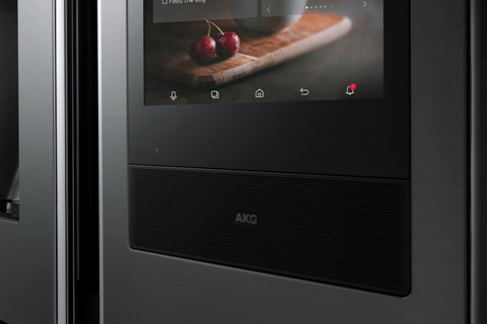 Imagem de CES 2018: nova geladeira inteligente da Samsung com sistema de som AKG no tecmundo