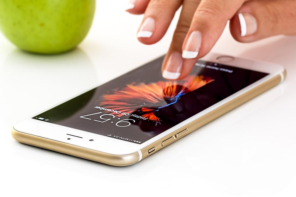 smartphone dedo