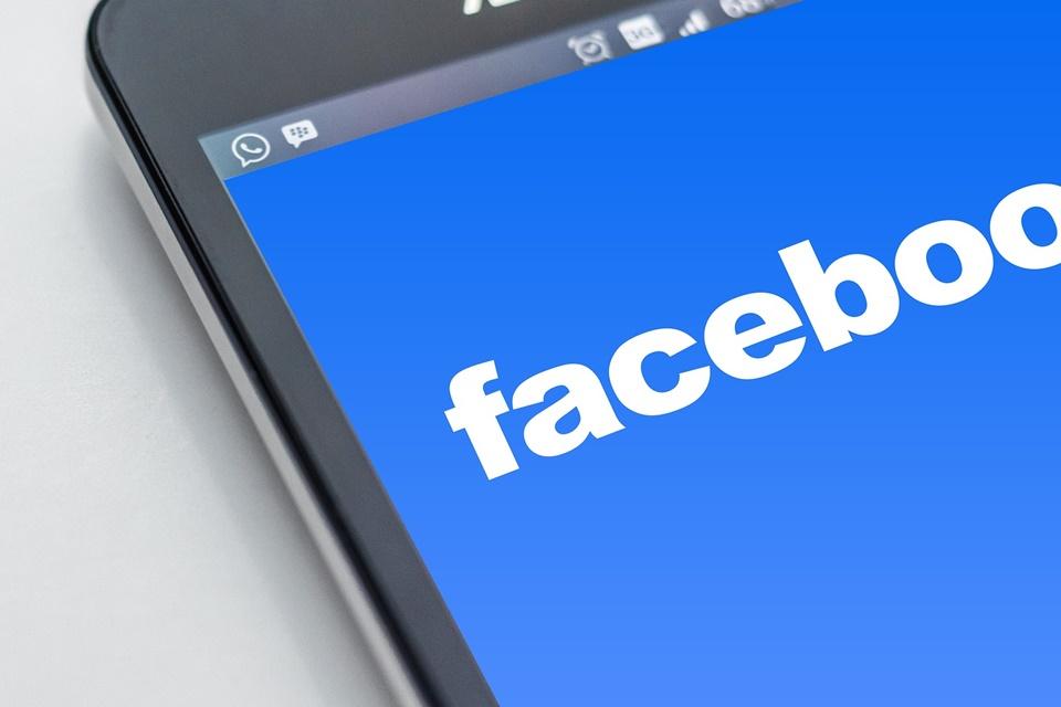 Imagem de Facebook vem perdendo audiência jovem mais rápido do que o esperado no tecmundo