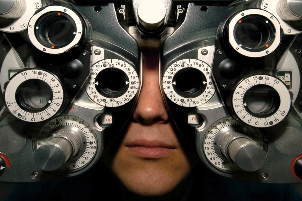 Imagem de IA da Google pode prevenir doenças cardíacas apenas examinando seus olhos no tecmundo