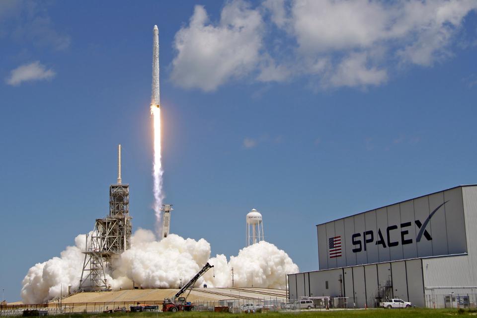 Imagem de SpaceX lança Falcon 9 com satélites para projeto de internet espacial no tecmundo