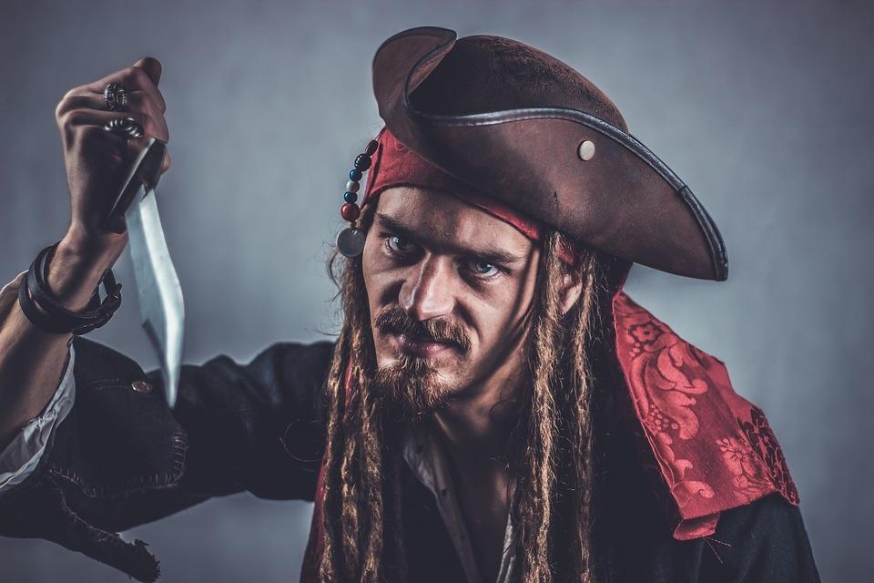 Imagem de Como descobrir quando um celular, tablet ou outro produto é pirata no site TecMundo