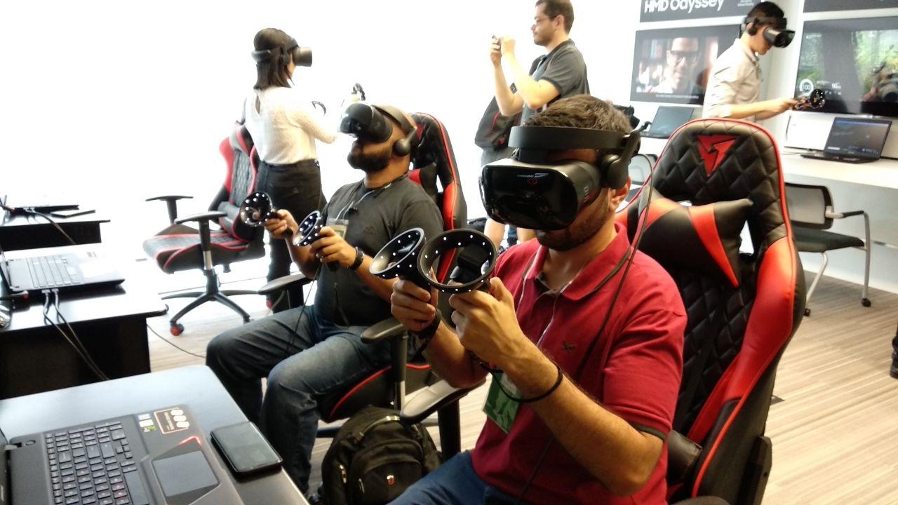 Imagem de Samsung lança nova linha de notebook gamer com óculos de realidade virtual no tecmundo