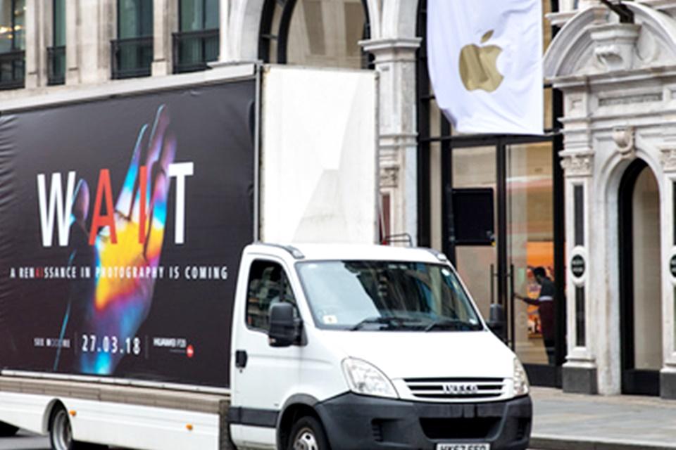 Imagem de Huawei está trollando a Apple e a Samsung nas ruas do Reino Unido no tecmundo
