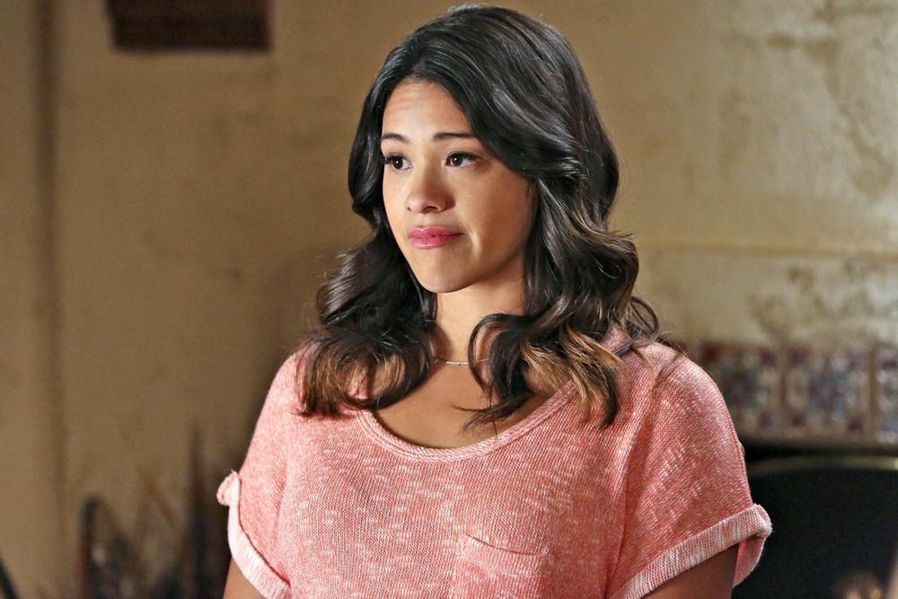 Gina Rodriguez vai estrelar live-action da Netflix de Carmen Sandiego