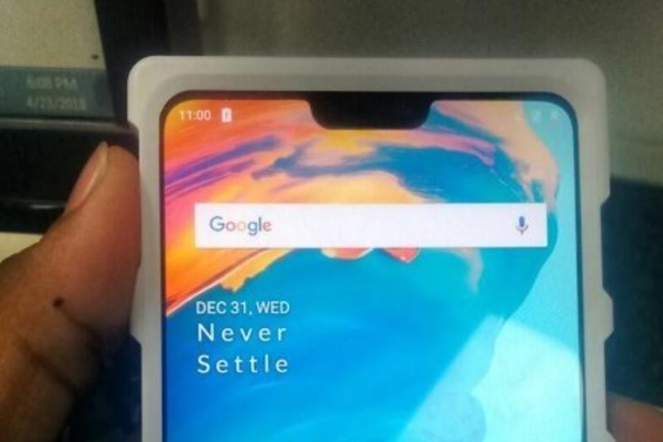 Imagem de Mais uma foto vazada mostra possível visual do OnePlus 6 no tecmundo