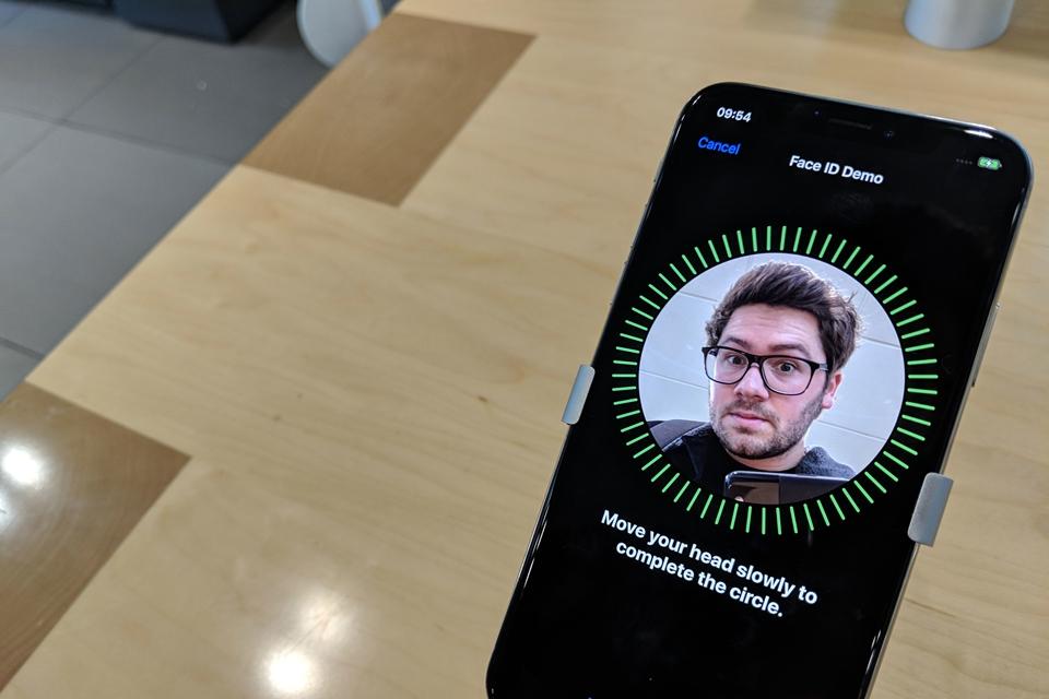 Imagem de Defeito do Face ID do iPhone X faz Apple alterar políticas de reparo no tecmundo